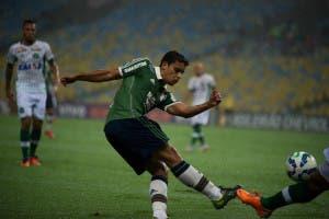 Jean, por questões familiares, preferiu voltar a morar em São Paulo (Foto: Fluminense FC)