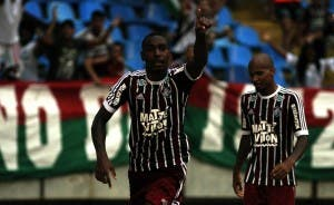 Gerson comemora o gol da vitória do Fluminense (Foto: Nelson Perez - FFC)