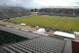 Clubes negociam para jogar no Luso Brasileiro