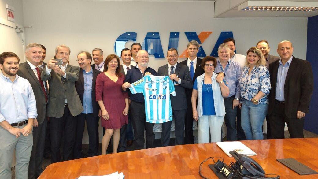 Avaí anunciou acerto com a Caixa na manhã desta sexta-feira (Foto   Divulgação - Avaí) 29962a83fe785