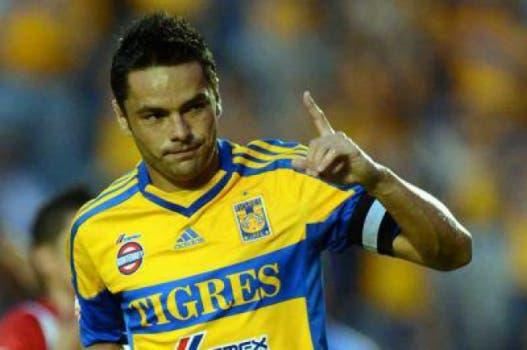 Ex-Botafogo, Juninho está no México, onde atua pelo Tigres