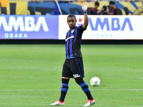 Atacante Ademílson, ex-São Paulo, joga no Gamboa Osaka, do Japão