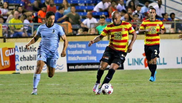 Lateral direito Gabriel, ex-Flu, joga no Fort Lauderdale Strikers (EUA)