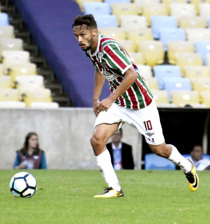 0f0e0a8ab88d3 Diretoria do Fluminense recusa proposta inicial do São Paulo por Gustavo  Scarpa