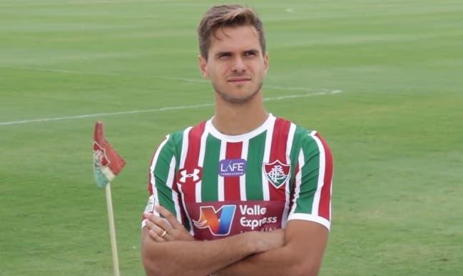 Anunciado nesta terça como novo contratado do Fluminense para a temporada c87784bf38e81