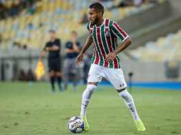 48c4e9ebe9 Fluminense quitará salários atrasados antes de adquirir os direitos de  Everaldo