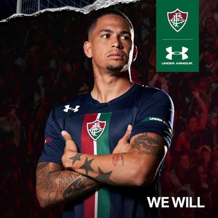c7f0db8b6a O novo terceiro uniforme do Fluminense já pode ser adquirido através do  site da loja oficial do clube. Nesta quarta-feira