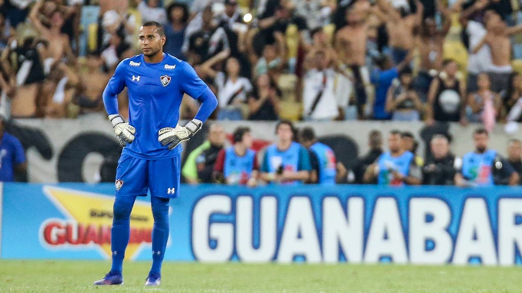 Resultado de imagem para falha de Rodolfo Fluminense